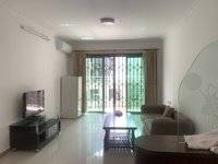 出租南湖花园,标准住宅两房两厅,租金2000,独立阳台,厨房,物业花园小区