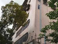 下角香子园路 健康步梯2房2厅1卫 入读三中和十五小学 首付13万 仅售28万