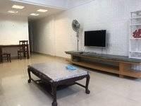 金銮酒店旁TCL宿舍精修两房 出行方便 拎包入住