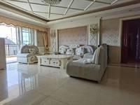 独家出售万象江山5室2厅3卫236平米600万住宅