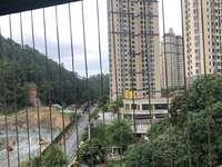 山水世家 电梯12楼 大4房2卫 单价8900 看房方便