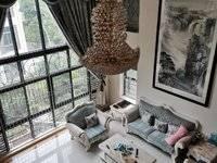 实图推荐:万林湖双拼中空别墅 约800平使用面积 百万品牌设计装修 流水凉亭