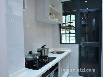 华辰·花伴里96.1平米3房2厅1卫B1户型厨房