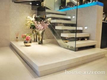 中信水岸城花园138㎡ 样板房-复式楼梯