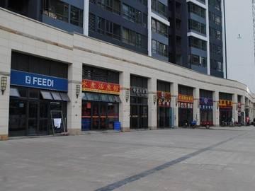 中信水岸城 沿街商铺实景