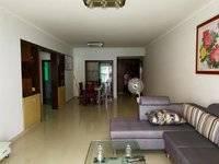 麦地绿湖新村 独家三房 低于市场价出售 带小露台!