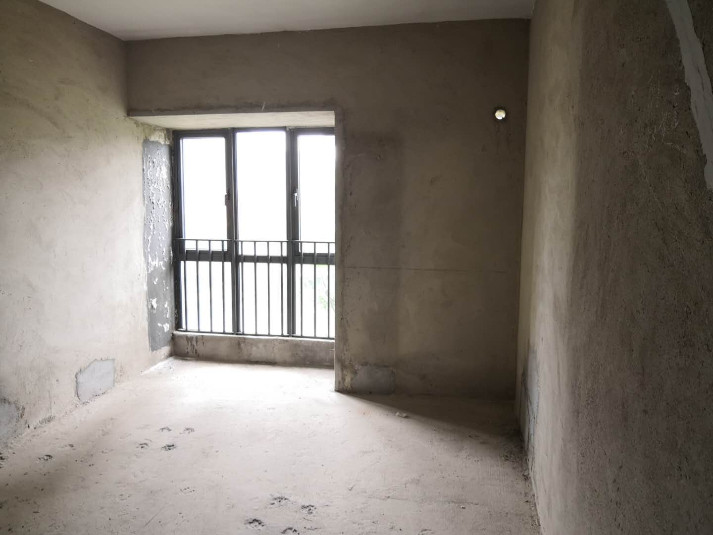 保利山水城五期,业主平本出售,南北通双阳台,钥匙在手,随时可看!