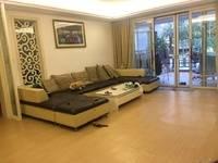 东江学府一楼前后带花园 使用面积380平 产证面积208 保养不错 预约看房