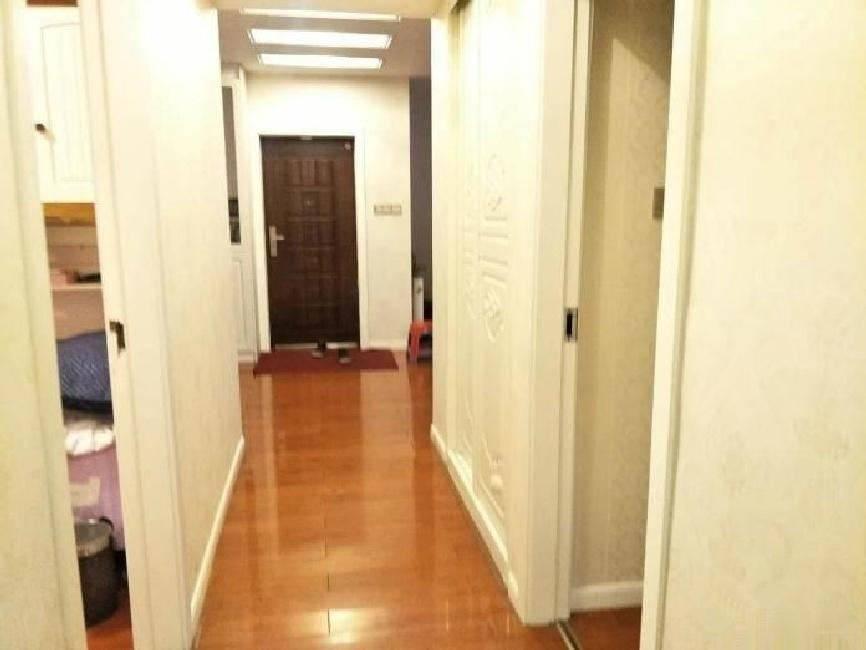 市中心 港惠旁玉兰花园优越小区 精装修温馨三房 居家必选