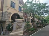出售山水华府上郡6室2厅4卫345平米340万住宅