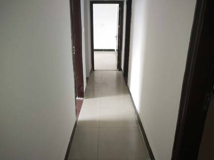 带露台60平 电梯四房 鸿业自由港 155平 业主急售126.8万 看房方便