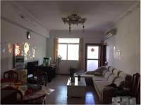 龙丰有线电视套房出租,房子户型方正,周边生活条件非常方便,管理费/停车费全免!!
