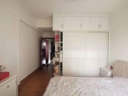 笋盘推荐 海伦堡院子 精装修3房 满五唯一 100平售105万