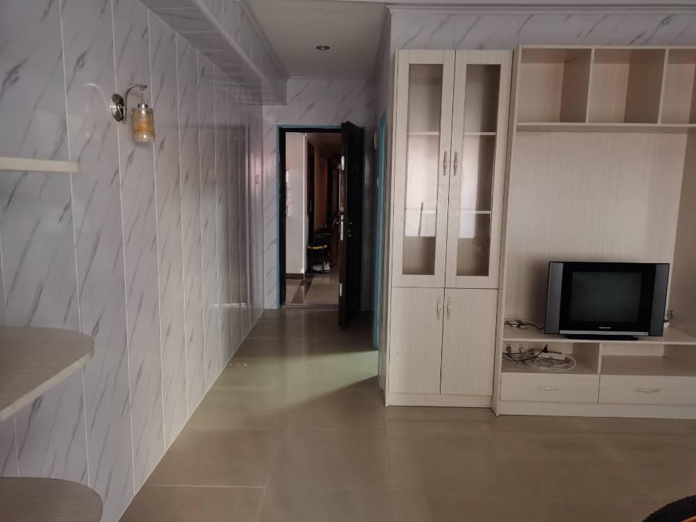 出租三环都市公寓1室1厅1卫61平米1450元/月住宅