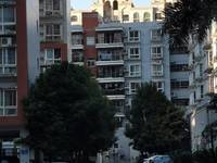 蓝天花园4室2厅4卫197平米178万住宅