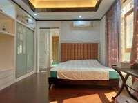 金山龙庭卧龙传说296平四层6房边位别墅出售450万!前后独家花园近100平!