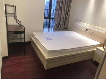 急卖 曼哈顿旁市中心繁华地段 金耀园精装修2房2厅 中间楼层