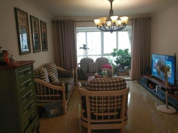 居家花园小区, 中锴华章 93万2室2厅1卫 精装修,业主急