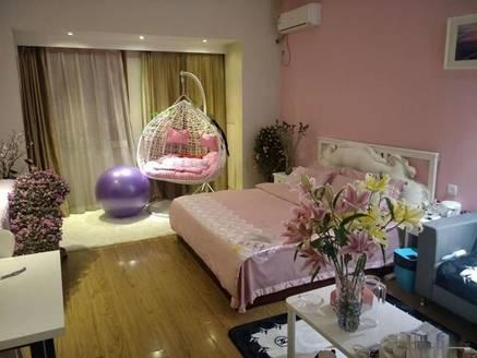 市中心港惠新天地对面恒和主场精装标准一房出售