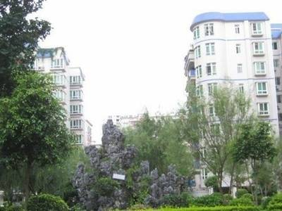 金山湖 金旺新苑 精装三房 全新装修 诚心出售 看房方便