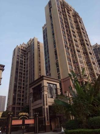 惠城市中心配套完善地段 泰豪南山翡翠 新鲜笋盘 刚需小三房