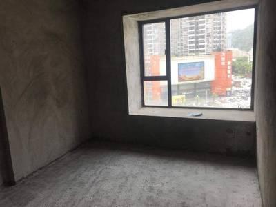 金山湖 地铁站 新天虹商圈 超新楼龄 朝南毛坯3房 交通便利