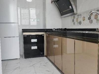 随时看房 金鼎雅苑 精装修3房 首次出租 高层 2400 多套 可议价