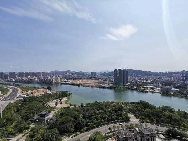 惠州版深圳湾一号 中洲湾上花园 江边第一排 全线江景 身份的象征 非富即贵