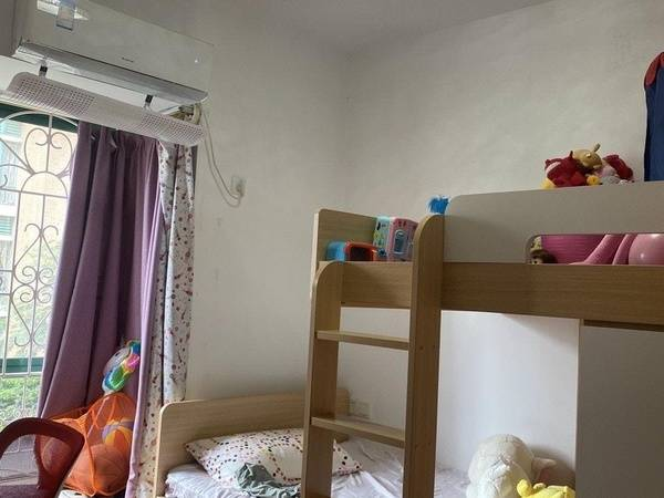 江北中心金裕碧水湾 148平方 4房2厅2卫 豪华装修 东南
