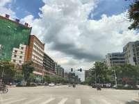 河南岸 南城酒店附近 大路边 转角位 商铺45平米 135万 带高租约!