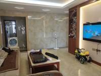 出售宝安山水龙城4室2厅2卫126平米168万住宅