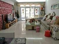 叠翠山庄,西湖边,小区环境优美,4房2厅2卫,152平方150万出售
