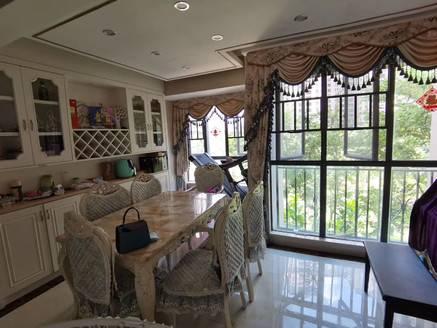 豪华欧式装修 家私家电齐全 3加2房 首付超低 可拎包入住 看房有钥匙