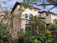 金山湖方直珑湖湾双拼别墅,南北通透,三面采光,送300平米花园,看房方便