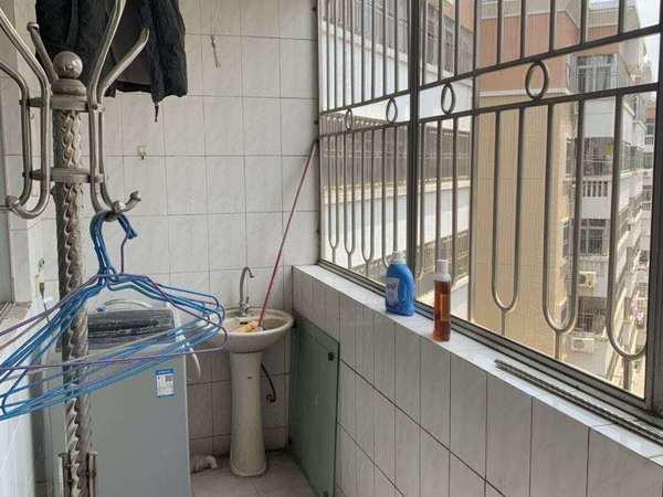 富民学位房 邮电新村 小区足部加装电梯 性价比高