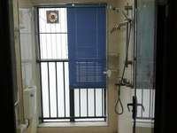 仲恺陈江轻轨站口,沃尔玛楼上精装3房拎包入住,仲恺最繁华的地段