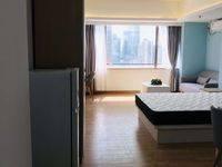 东江湾 干干净净一房一厅出租 1800大洋一个月!