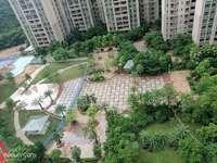 单价9千多嘉逸园中间楼层朝东南看花园135平售130万自带公立26小和幼儿园