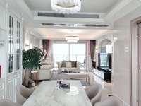 笋盘 一线江景 硬装100万顶级豪华装修 20平米中西餐厨房