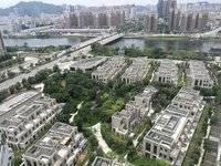 金山湖千花岛 5室2厅2卫 310万顶级豪宅