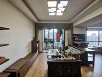 宏益二期 稀有复式出售143万 标准三房 装修超靓
