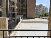 方直星耀国际,94平。380平大阳台,2楼,负二层独立大车库售10万,东南向。