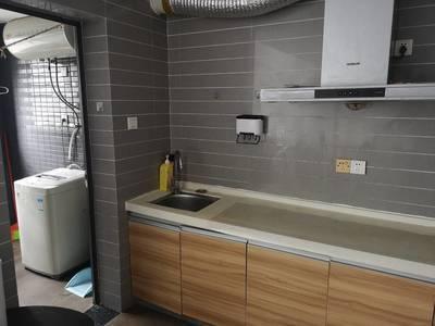 出租名流公馆1室1厅1卫52平米1800元/月住宅