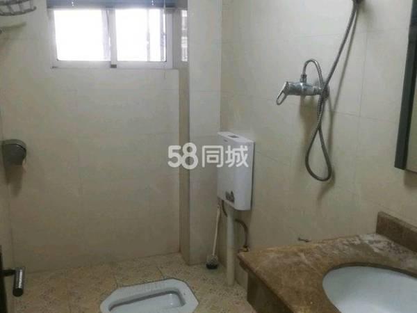 出租美地花园城4室2厅2卫144平米2800元/月住宅