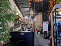 中洲天御一期沿街商铺,精装修好可以做餐饮,162平方可做三层