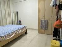 寻女生合租!主卧带卫生间,住宅套房,近港惠,交通便利,安全方便
