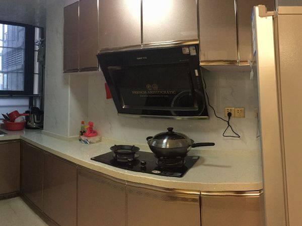 出租稳大新尚名居3室2厅2卫96.88平米2100元/月住宅