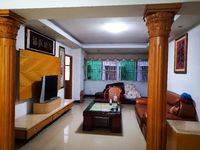 出租金蕾小区4室2厅1卫100平米1500/月住宅