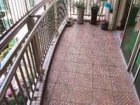 南翠花园 李瑞麟跟五中学位 电梯6楼 单价1万出头入住大3房