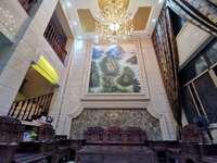 皇冠酒店旁边世纪东方城豪华装修端头位别墅,直接入住,证满5年,三面采光送大花园